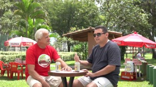 Wilfredo Silva entrevista Carlos Batista em Chutes e Pontapés